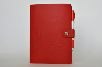 Ежедневник А5 формат с хлястиком для ручки