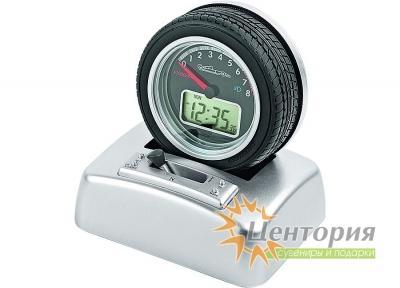 Часы «Авторалли» в виде автомобильного колеса на подставке с будильником