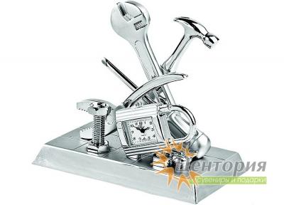 Часы «Инструменты»